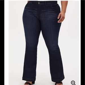 Torrid HIGH RISE DARK WASH FIT AND FLARE JEAN